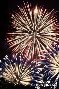 FREE 4th of July Scavenger Hunt Game for Cookouts, Parades, and Fireworks!